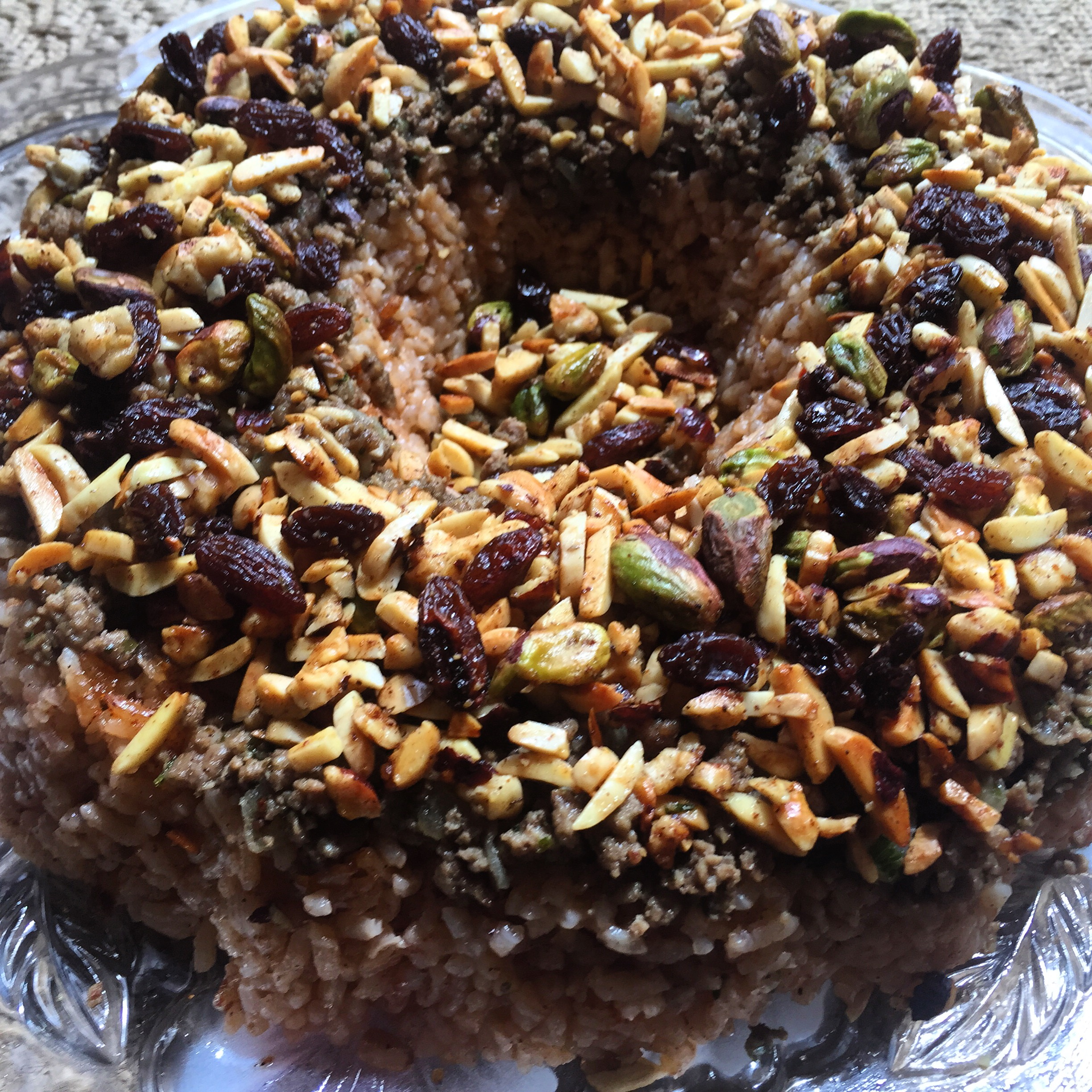 Egyptian rice with nuts and raisins ruz bil khalta scarf gal food img2506 forumfinder